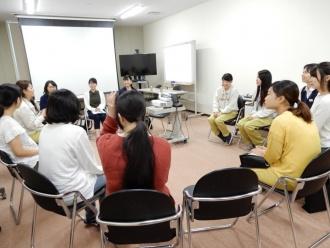 (株)新菱の座談会の様子