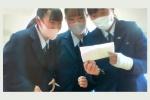 タイ語で自己紹介を行う小倉西高校の生徒
